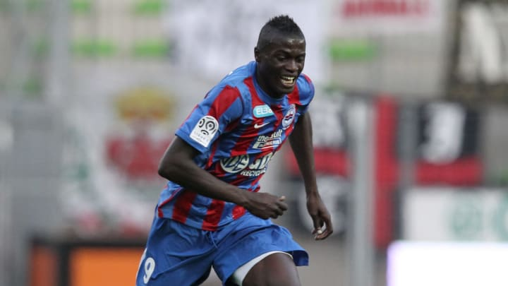 Caen's French forward M'Baye Niang contr
