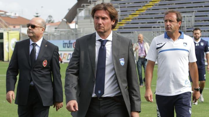 Giovanni Stropa, en el centro.