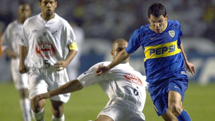 Carlos Tevez ya sabe lo que es enfrentarse al Santos.