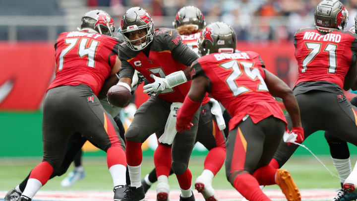LONDON, ENGLAND - OCTOBER 13: Jameis Winston of Tampa Bay Buccaneers passes the ball during the NFL game between Carolina Panthers and Tampa Bay Buccaneers at Tottenham Hotspur Stadium on October 13, 2019 in London, England. (Photo by Naomi Baker/Getty Images)