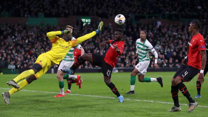 Édouard Mendy en Europa League avec Rennes face au Celtic Glasgow.