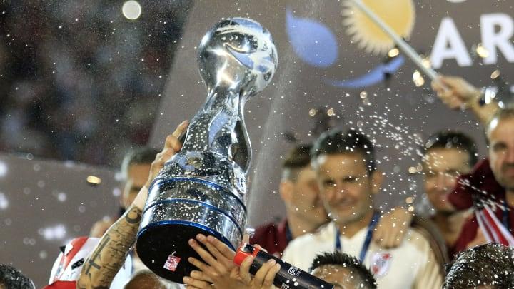 Central Cordoba v River Plate - Copa Argentina 2019 - River levanta el trofeo.