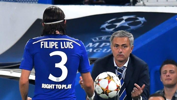Luis did not impress Mourinho at Stamford Bridge