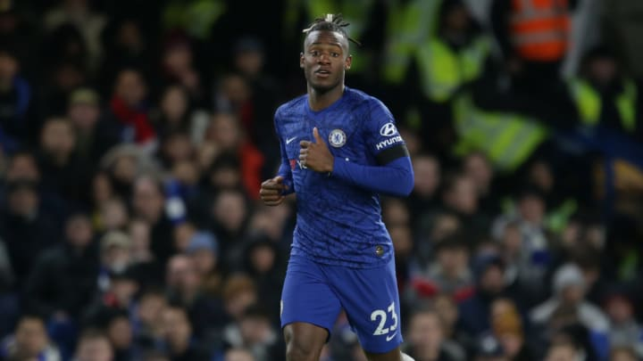 Chelsea will offer Michy Batshuayi a new deal