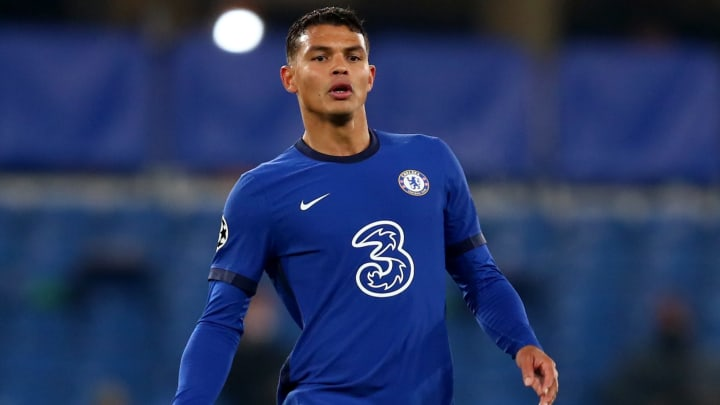 Chelsea Keen to Extend Thiago Silva's Stay at Stamford Bridge