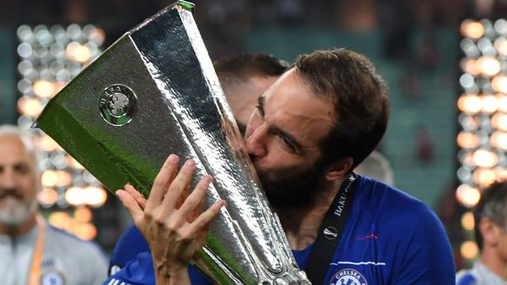 Higuaín consiguió la Europa League jugando para el Chelsea