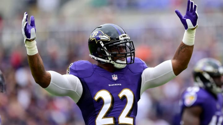 BALTIMORE, MD - OCTOBER 15: Cornerback Jimmy Smith #22 of the Baltimore Ravens reacts during the first quarter against the Chicago Bears at M&T Bank Stadium on October 15, 2017 in Baltimore, Maryland. (Photo by Patrick McDermott/Getty Images)