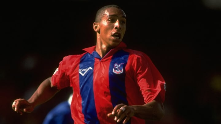 Chris Armstrong was pretty much the only one scoring for Palace in the inaugural Premier League season