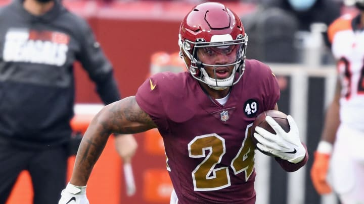 Antonio Gibson injury update and fantasy outlook for Week 14.