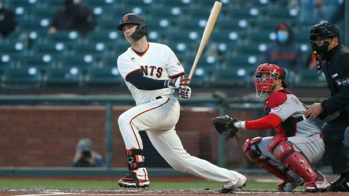 Buster Posey llegó el lunes a 19 partidos con 4 hits en su carrera