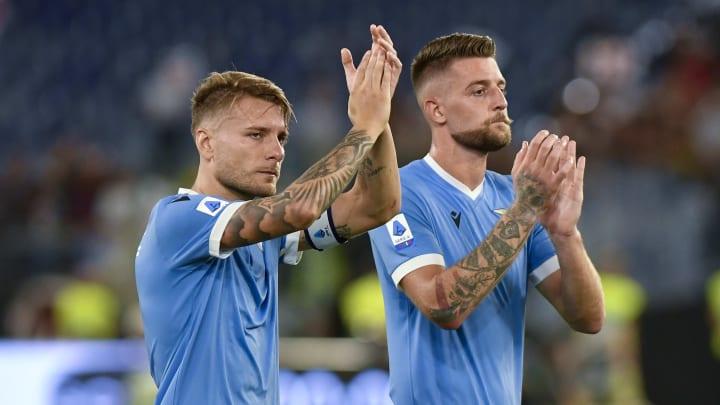 Ciro Immobile und Sergej Milinkovic-Savic wollen den Anschluss nach oben halten