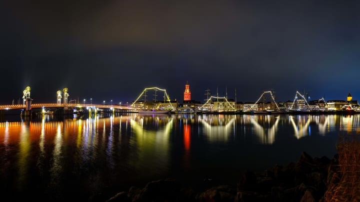 City Bridge and New Tower in Kampen Turn Orange for International Day for the Elimination of Violence Against Women