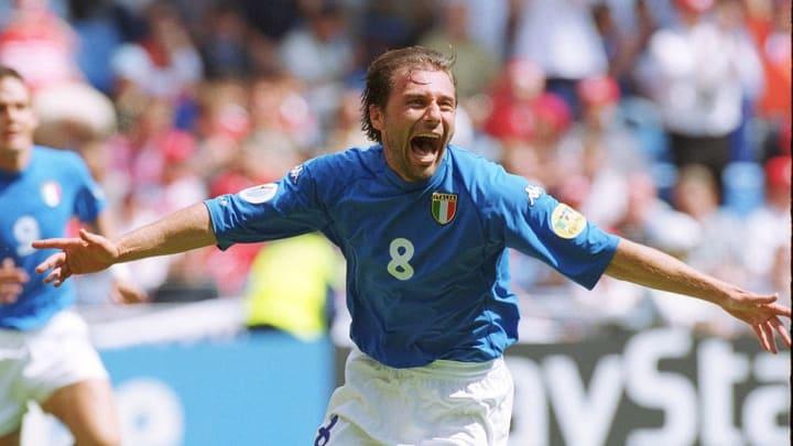 Claudio Villa Archive