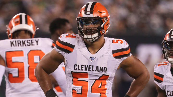 EAST RUTHERFORD, NEW JERSEY - SEPTEMBER 16: Defensive End Olivier Vernon #54 of the Cleveland Browns gets set against the New York Jets in the second half at MetLife Stadium on September 16, 2019 in East Rutherford, New Jersey. (Photo by Al Pereira/Getty Images).