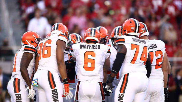 SANTA CLARA, CALIFORNIA - OCTOBER 07:  Baker Mayfield #6 of the Cleveland Browns huddles up his team against the San Francisco 49ers at Levi's Stadium on October 07, 2019 in Santa Clara, California. (Photo by Ezra Shaw/Getty Images)