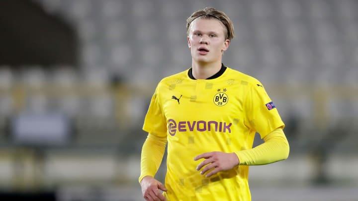 Chelsea are targeting Borussia Dortmund striker Erling Haaland