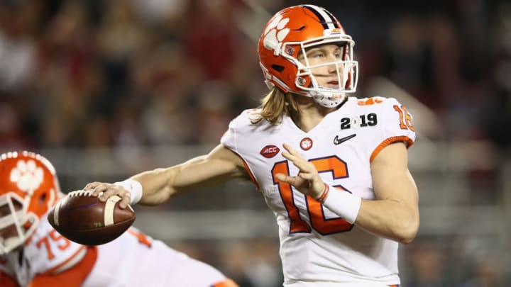 SANTA CLARA, CA - JANUARY 07:  Trevor Lawrence #16 of the Clemson Tigers looks to pass against the Alabama Crimson Tide in the CFP National Championship presented by AT&T at Levi's Stadium on January 7, 2019 in Santa Clara, California.  (Photo by Ezra Shaw/Getty Images)