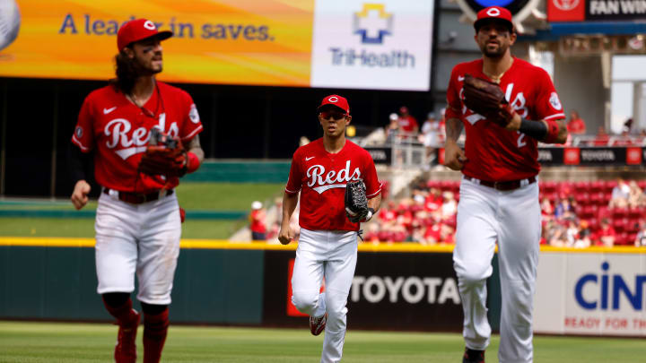 Reds vs Twins prediction, odds, probable pitchers, betting lines & spread for MLB game.