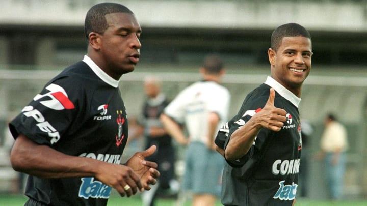 Marcelinho Carioca Santos Corinthians Mercado
