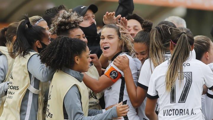 Corinthians ganha disputa pelo 3º lugar da Libertadores Feminina e encerra temporada histórica no pódio do torneio continental.