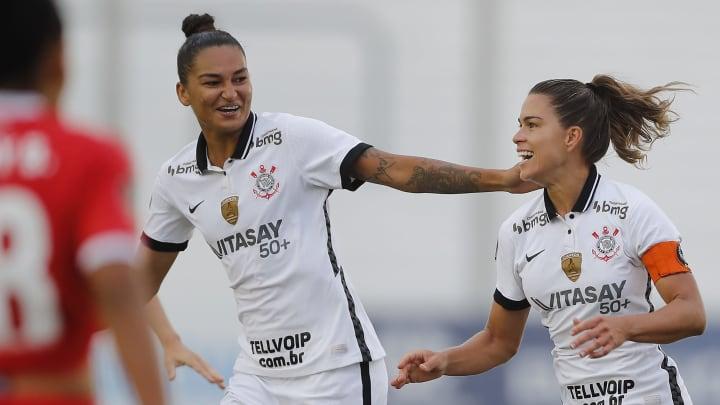 Corinthians liderou o ranking dos times das Américas mais populares no Instagram no mês passado. Confira.