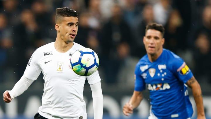 Thiago Maia, Philippe Coutinho, Danilo Avelar e outros: veja 8 jogadores que não entram em campo há muito tempo por conta de uma lesão.