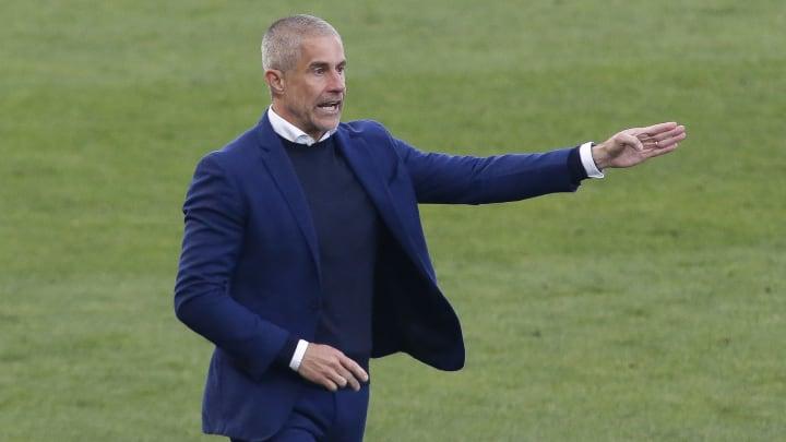 Pouco aproveitado com Sylvinho, Rodrigo Varanda tem negociações para trocar o Corinthians pelo Red Bull Bragantino.
