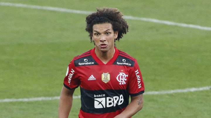 Arão vem sendo peça importante no time de Renato