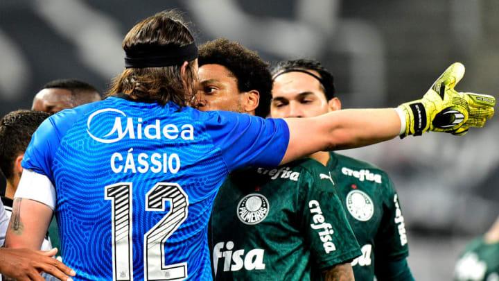 Cássio é um gigante do Corinthians.