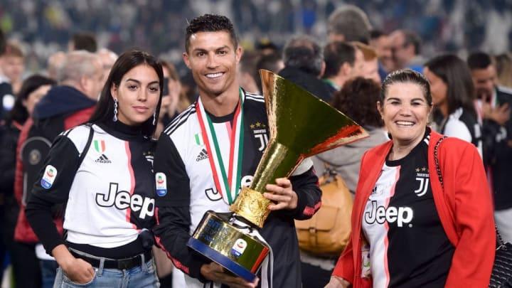 Georgina Rodriguez, Crsitiano Ronaldo, Maria Dolores dos Santos Aveiro