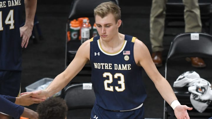 Virginia vs Notre Dame spread, odds, prediction and lines for NCAAB game.