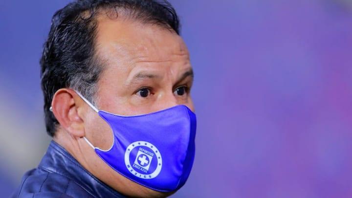 El entrenador Juan Reynoso.