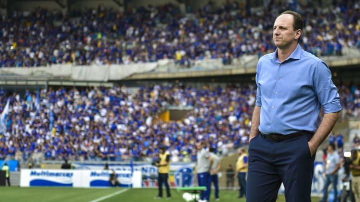 """Treinador acabou """"engolido"""" pelo grupo da Raposa"""