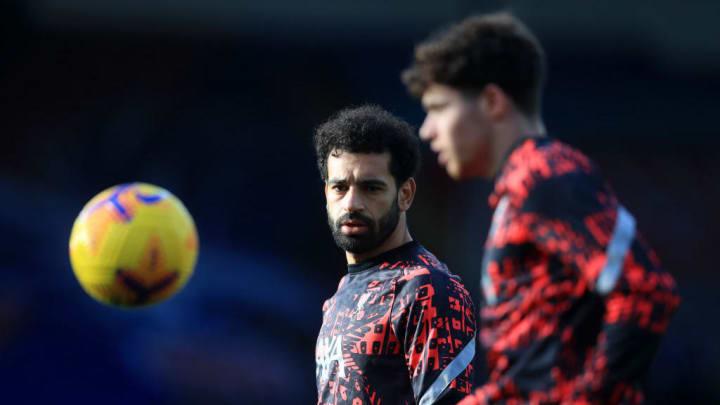 Salah segue sendo um dos destaques do Liverpool, mas não garante futuro em Anfield.