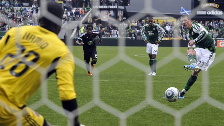 Desde su creación, la Major League Soccer optó por el 'shootout' para evitar los empates, pero tras cuatro años fue quitado.