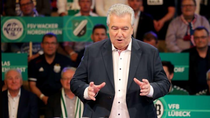 DFB-Vizepräsident Peter Frymuth erklärt die veränderte Sommer-Transferperiode