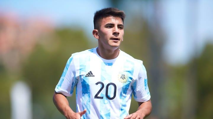 Thiago Almada en la Selección Sub 23