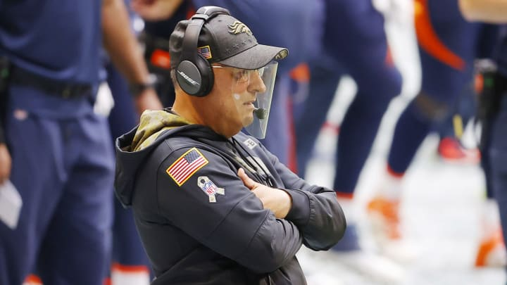 Denver Broncos head coach Vic Fangio offers an update on the team's quarterback battle in their minicamp.