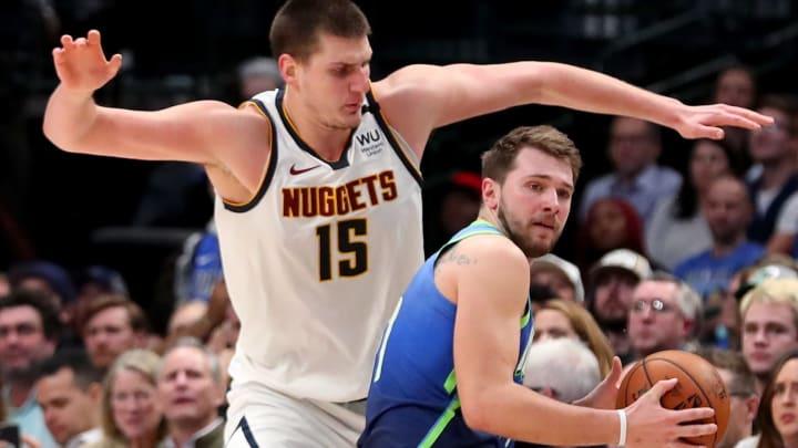 Nuggets y Mavericks jugarán esta noche
