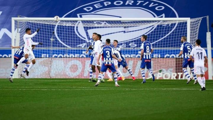 Deportivo Alavés v Real Madrid - La Liga Santander