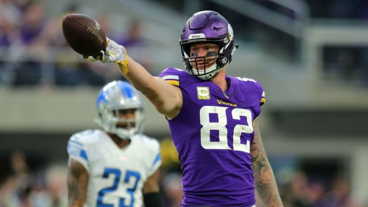 MINNEAPOLIS, MN - NOVEMBER 4: Kyle Rudolph #82 of the Minnesota Vikings signals for a first down in the fourth quarter of the game against the Detroit Lions at U.S. Bank Stadium on November 4, 2018 in Minneapolis, Minnesota. (Photo by Adam Bettcher/Getty Images)