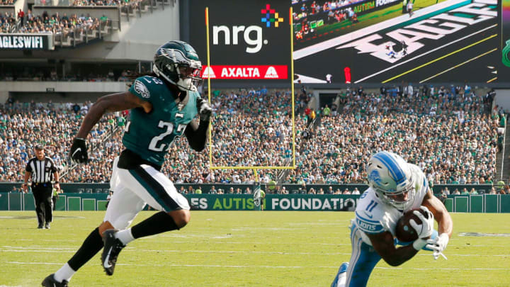 PHILADELPHIA, PENNSYLVANIA - SEPTEMBER 22:  Marvin Jones #11 of the Detroit Lions makes the touchdown catch as Sidney Jones #22 of the Philadelphia Eagles defends in the fourth quarter at Lincoln Financial Field on September 22, 2019 in Philadelphia, Pennsylvania.The Detroit Lions defeated the Philadelphia Eagles 27-24. (Photo by Elsa/Getty Images)