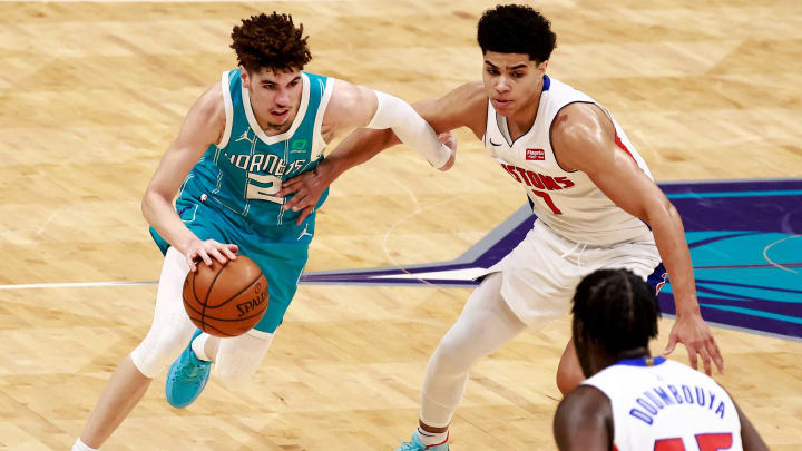 Charlotte Hornets vs Detroit Pistons prediction and pick for NBA game tonight.