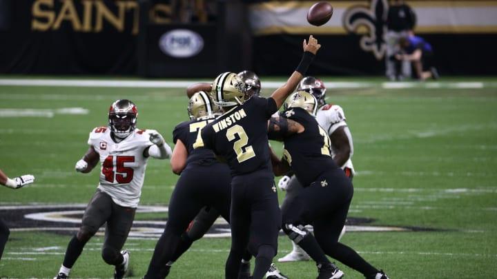 Jameis Winston throws his first postseason touchdown pass.