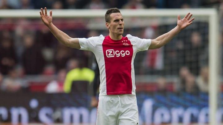 Arkadiusz Milik a brillé avec l'Ajax, avant de rejoindre Naples en 2016.