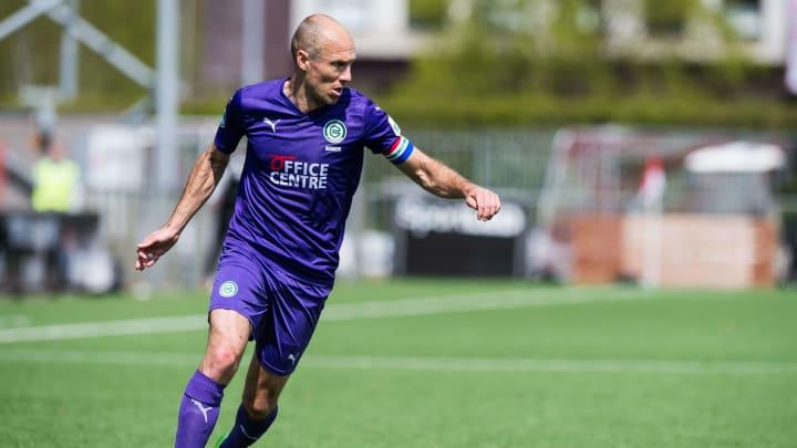 Arjen Robben ist wieder da. Beim 4:0-Erfolg des FC Groningen legte der Rückkehrer zwei Treffer auf.