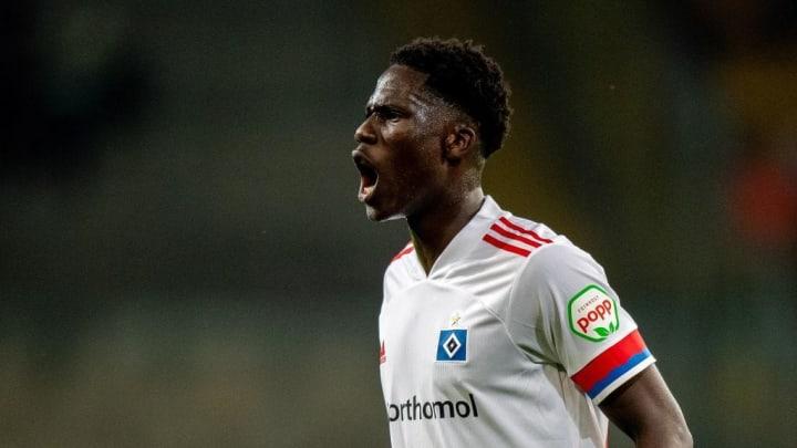 Dynamo-Dresden-v-Hamburger-SV---DFB-Cup-