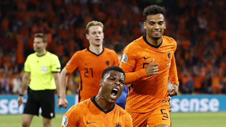 L'esultanza dei giocatori dell'Olanda