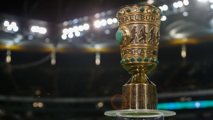 Eintracht Frankfurt v Werder Bremen - DFB Cup