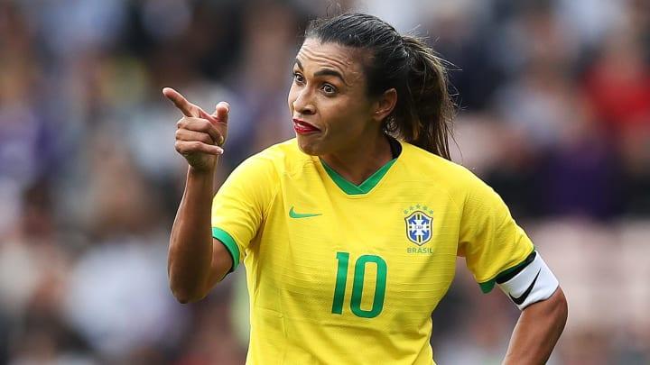 Marta fechou acordo com a Latam | England Women v Brazil Women - International Friendly